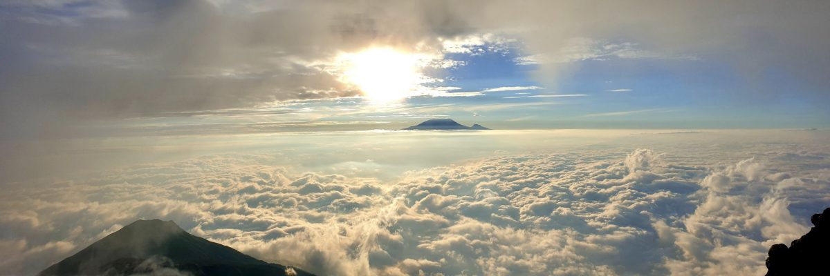 kili experience in clouds
